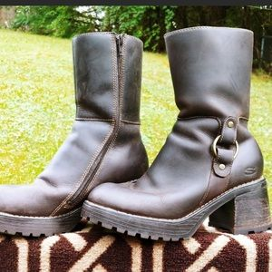Skechers Shoes - Chunky Leather Skechers Boots lug sole size 8